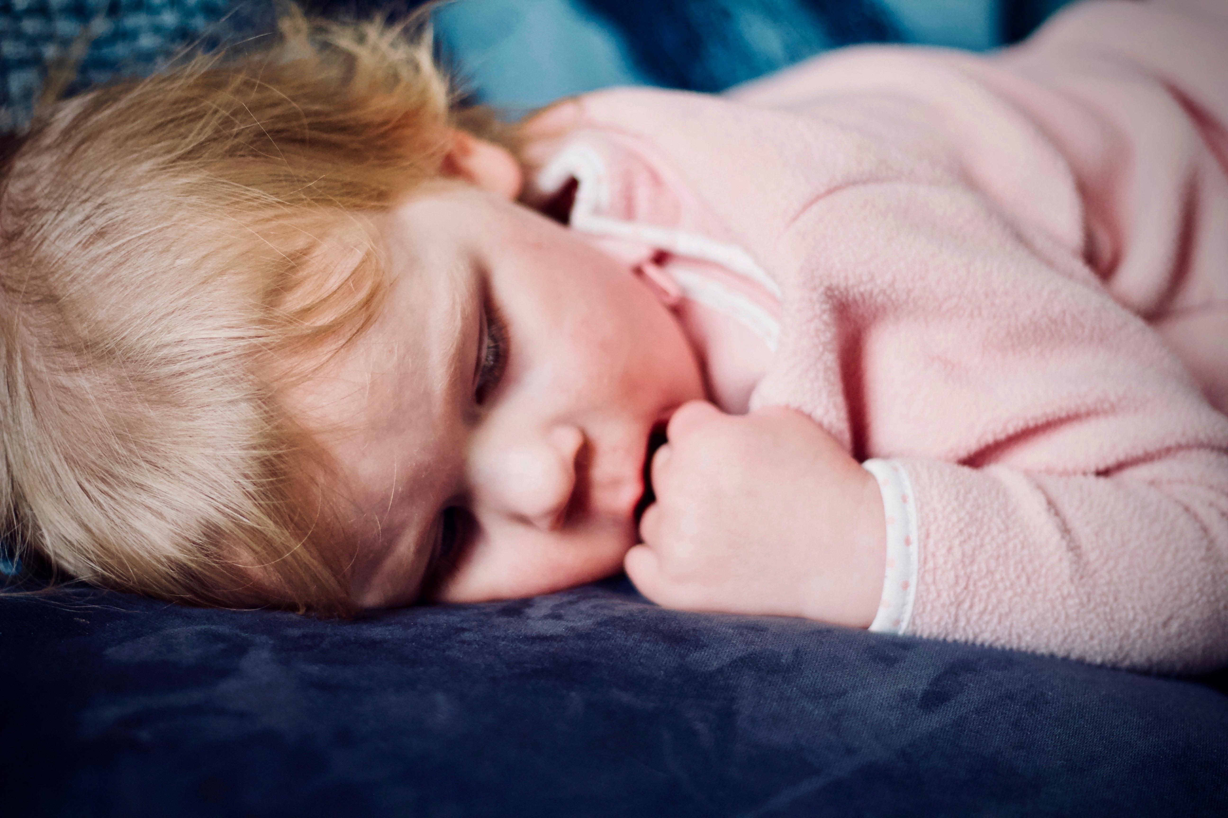 Ein Leitfaden zum einfachen Schlaftraining